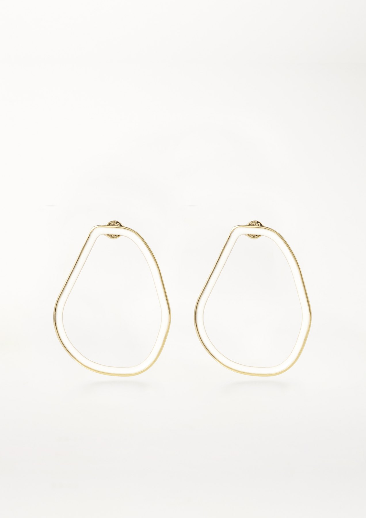 xenia bous jewellery coloured stone 04 earrings weiß white